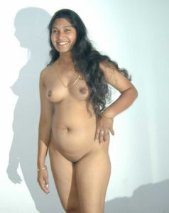 beautiful chennai working wife nude seducing boss 006