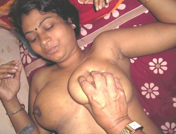 masturbates-with-tamil-nadu-college-girls-sex-and-hot-nude-photos-wife-suck