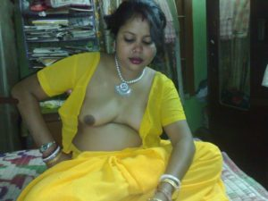 indian aunty nude ready for sex photos 001