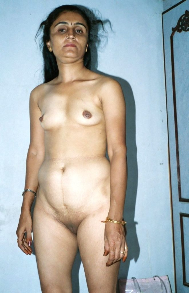 indian housewife casual after sex naked photos 003
