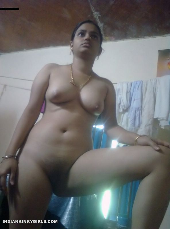 Mallu Wife Nude Looking Delicious  Indian Nude Girls-3349