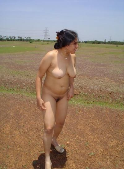 naughty wife outdoor naked with boss 002