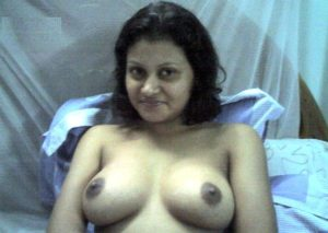 nude indian wife giving blowjob exposing big boobs 004