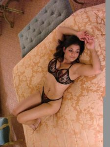 sexy indian businesswoman nude in hotel teasing clients 001