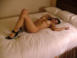 sexy indian businesswoman nude in hotel teasing clients 004