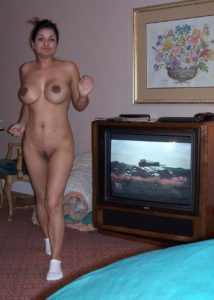 sexy indian businesswoman nude in hotel teasing clients 007