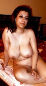 arabic housewife nude private pics leaked 003