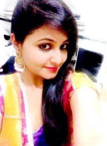 cute indian punjabi girl showing sweet tits