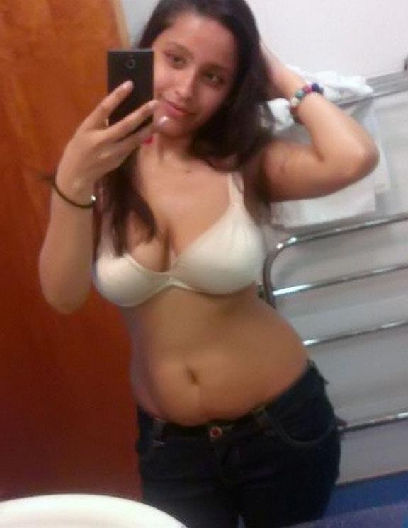 Hot native girls naked selfies 44 Indian girls selfies