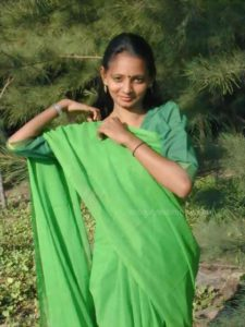 desi village wife stripping nude outdoor leaked pics