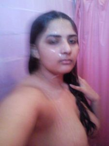 married lecturer sehrish naked leaked pics 002