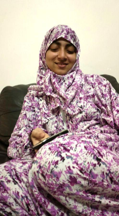 muslim college girl naked for her boyfriend 007