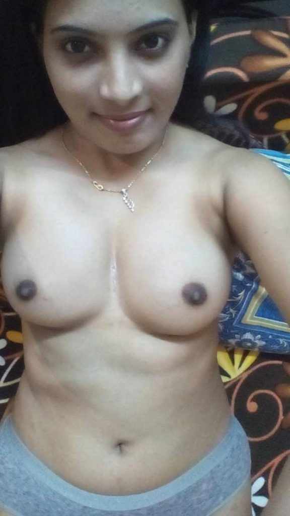 naughty desi wife nude selfies leaked online