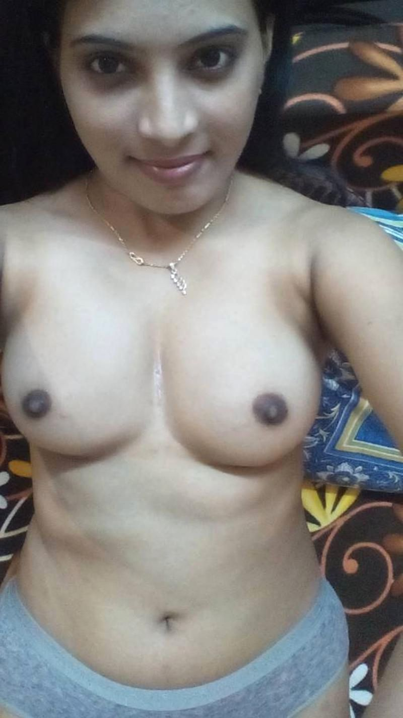 Nude selfie wife Paulina Gretzky
