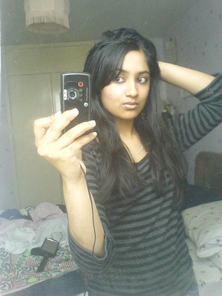 naughty muslim girl topless selfies in washroom 001