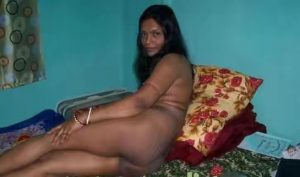 desi village bhabhi nude outdoor and indoor 003