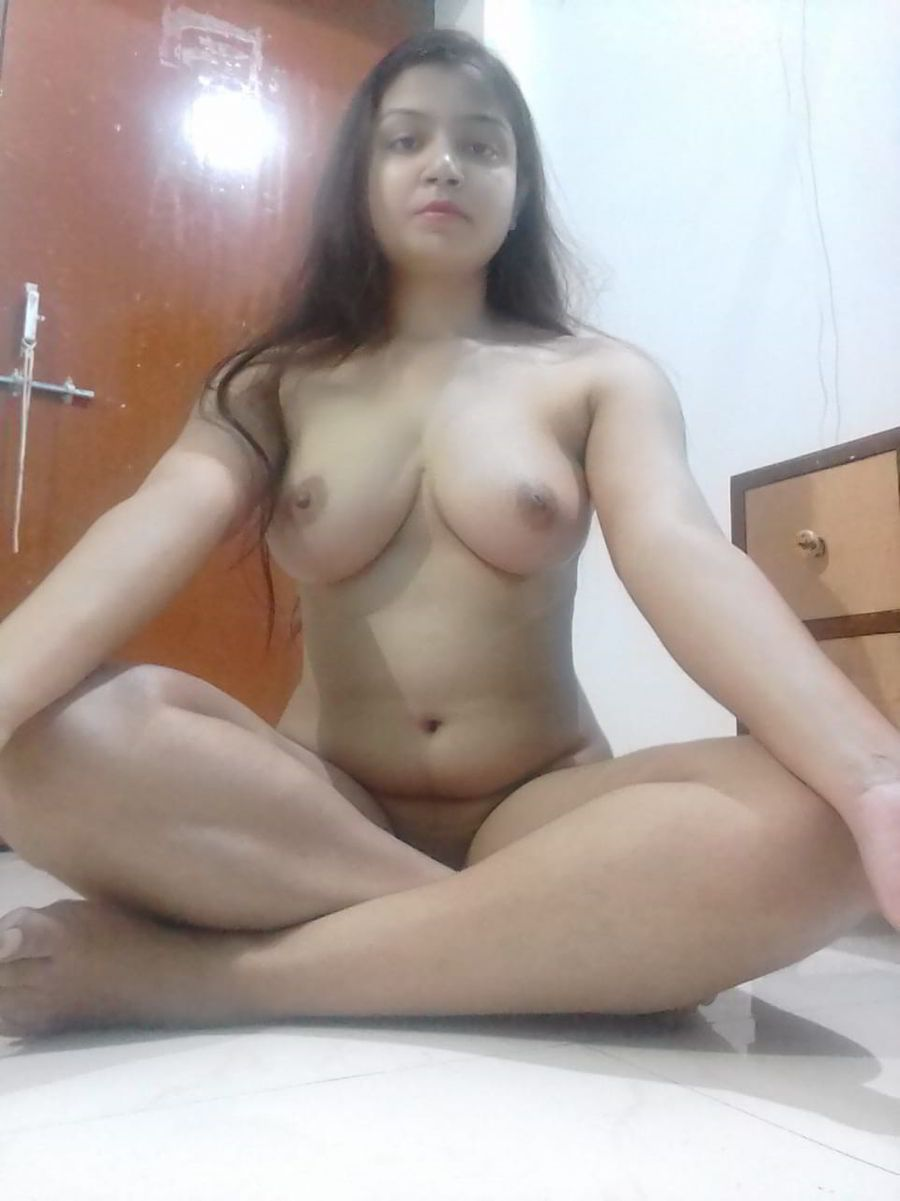 Naughty Desi Girl Performing Nude Yoga  Indian Nude Girls-1429