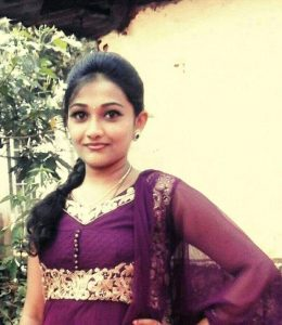naughty tamil daughter of temple priest nude selfies
