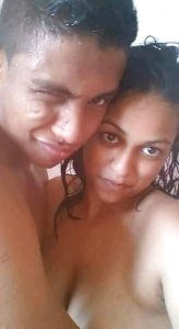 desi college lovers leaked naked intimate pics 001