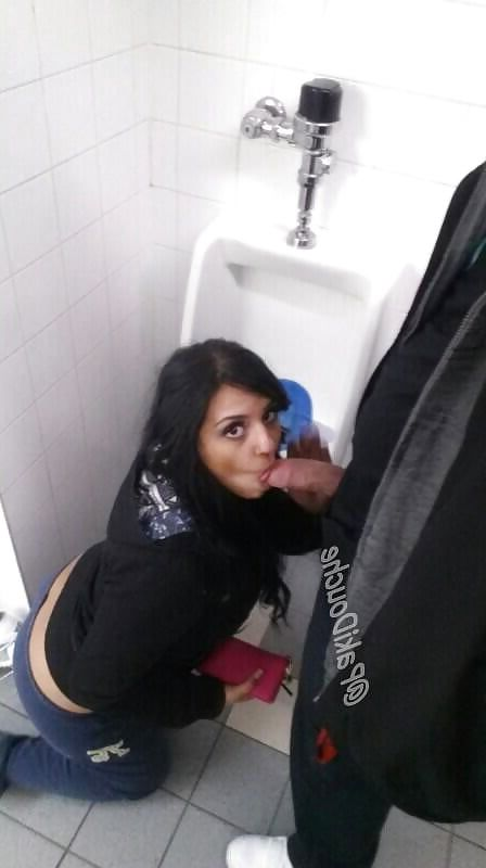Free girl fucked by inch