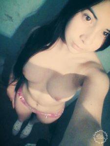 18yo shravya nude leaked selfies 003