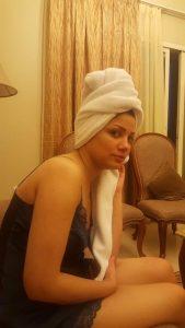 amritsar naughty wife nude selfies leaked 004