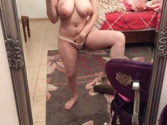 awesome british pakistani girl nude selfies 004