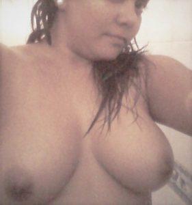 chubby ex girlfriend from karachi pakistan 005