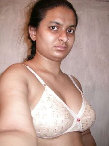 newly married wife seducing ex boyfriend selfies