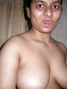 newly married wife seducing ex boyfriend selfies 002