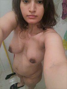 pakistani british wife haleema aflan nude photos 004