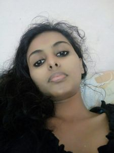 sexy jaipur teacher topless selfies leaked 001