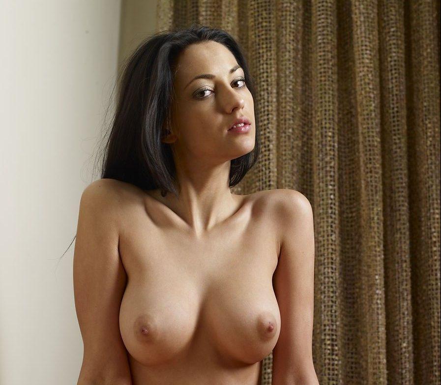 small petite nude girls