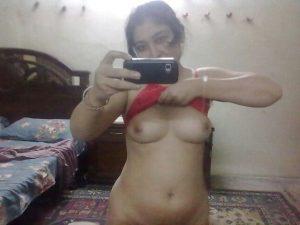 desi wife nude 001