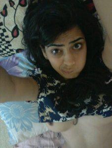 indian teen nude selfies 001