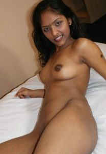 nude indian girls 001
