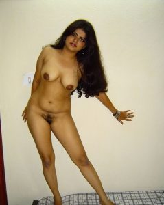 indian wife nude 001