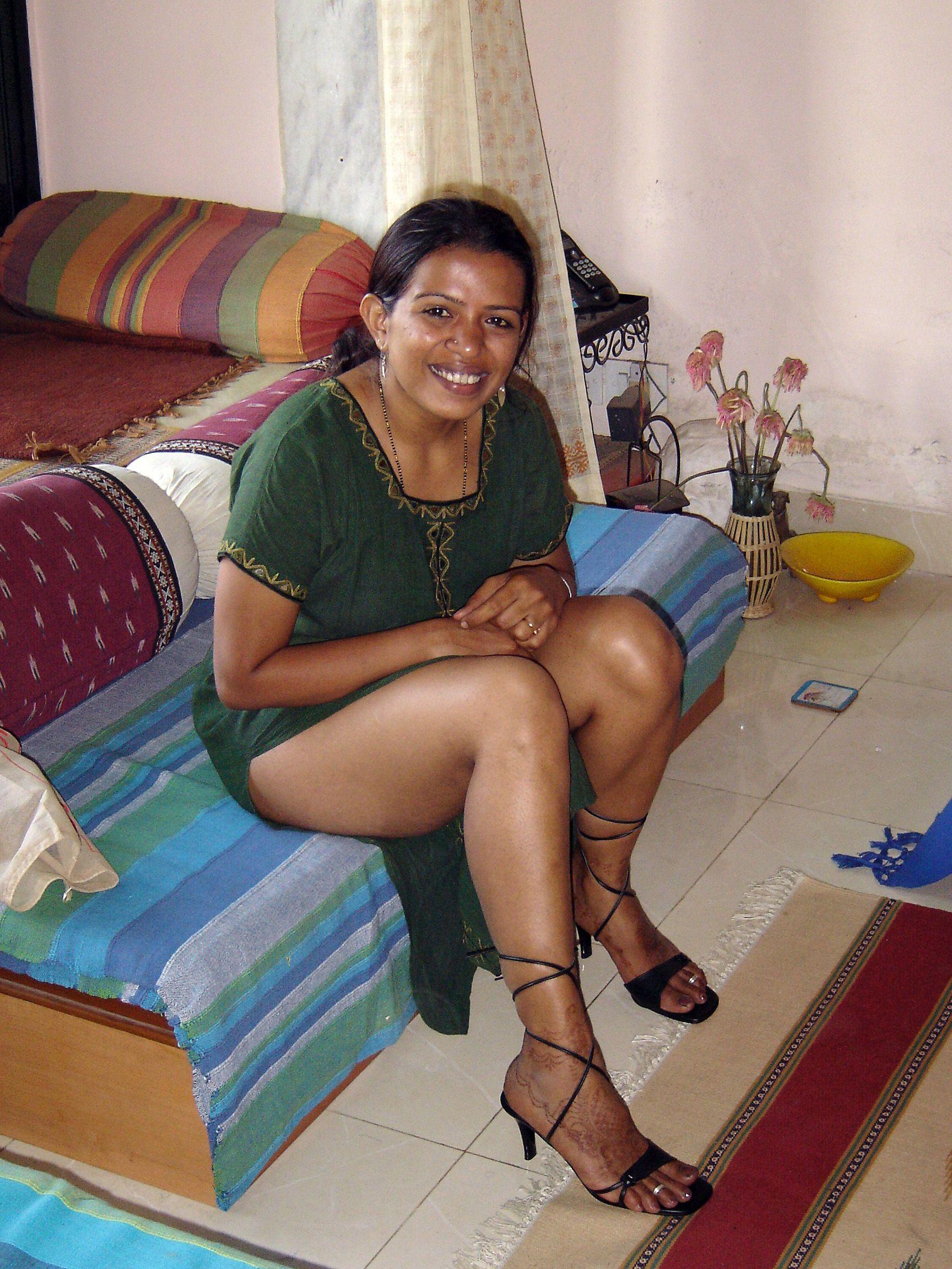 Mallu Wife Nude Doing Kinky Posing Cock Teasing  Indian -5988