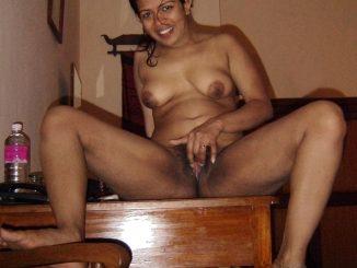 mallu wife nude 004