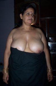 indian bhabhi nude 002