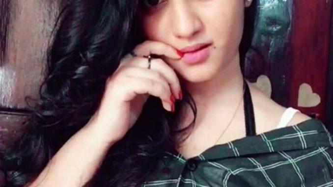 hot indian girl nude video call screenshots 001