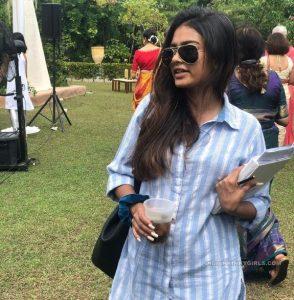 rich indian businessman daughter blowjob photos 002