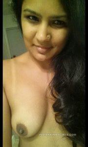 beautiful indian teacher leaked nude photos 012