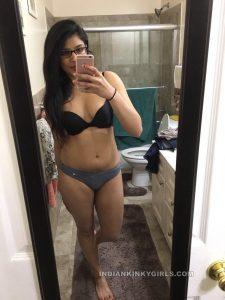 beautiful indian teacher leaked nude photos 016