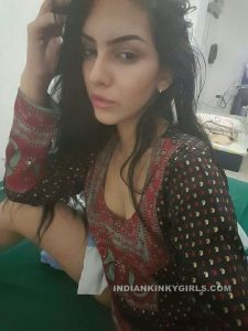 super sexy indian doctor leaked nude photos 005